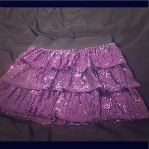 😍Every girl needs a sparkly skirt😍